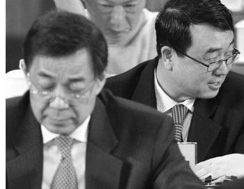 Бо Силай (слева) и Ван Лицзюнь (справа). Фото с сайта theepochtimes.com