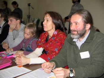 Владислав Кирбятьев, глава «Гришино», с семьёй. Фото: Татьяна Петрова/Великая Эпоха (The Epoch Times)