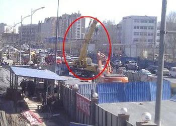 В городе Далянь произошла авария на строящейся станции метро. Фото: we54.com