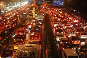 Пробки на дорогах Пекина. Фото: epochtimes.com