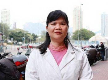 Председатель Ассоциации журналистов Гонконга Мак Иньтин полагает, что самоцензура гонконгских СМИ является главной причиной  снижению доверия к ним. Фото: Юй Ган /Великая Эпоха