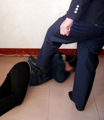 Судьи сказали, что, хотя адвокаты и сделали заявление о невиновности каждого последователя, но суд «должен идти своим путем и поддержать обвинение». Фото с сайта minghui. com