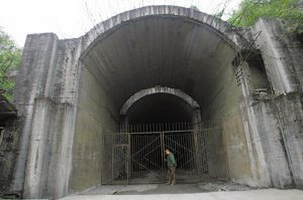 Ранее было 20 входов в тоннели, в настоящее время остается только один, остальные были закрыты.  Фото: baidu.com