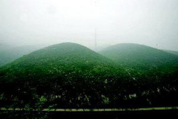 Горы Фу Лин, где расположился завод. Фото: baidu.com