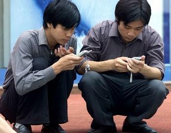 Крупнейшая в КНР компания оператор мобильной связи China Mobile готова предоставить органам безопасности личную информацию своих абонентов, а также их местонахождение. Фото: AFP