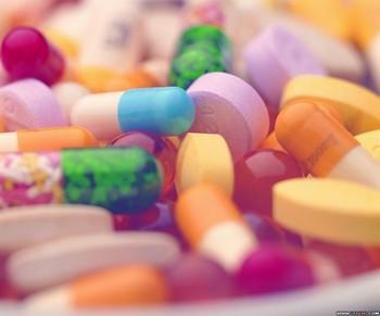 Китайцы сильно злоупотребляют лекарствами. Фото с epochtimes.com
