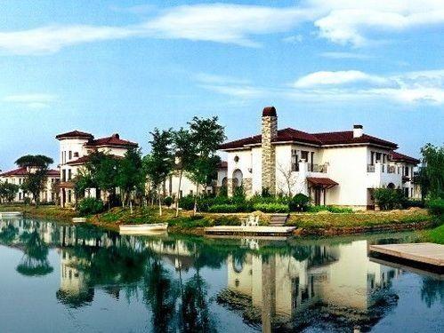Самый крупный в Азии дачный район в городе Тяньцзине превратился в «город-призрак». Фото с kanzhongguo.com