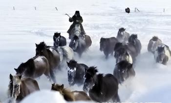 На севере Китая продолжаются сильные снегопады и понижение температуры воздуха. Фото с epochtimes.com