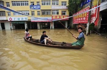 Китай снова страдает от наводнений. Фото: AFP