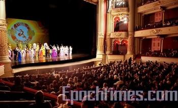 Выступление труппы Shen Yun в Филадельфии, США. Январь 2010 год. Фото: Дай Бин/The Epoch Times
