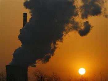 Испорченная экология в Китае тормозит развитие страны. Фото с cnnas.com