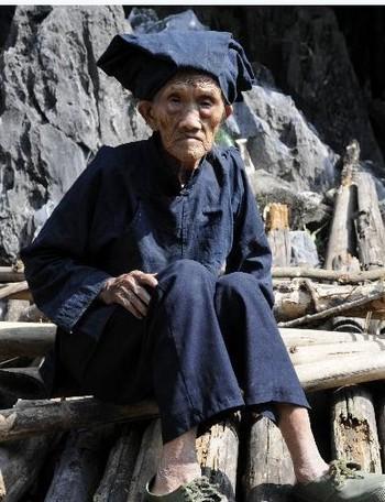 Китайская долгожительница Ло Мэйчжэнь. Фото с hudong.com