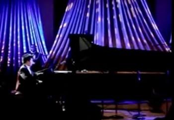 Пианист Лан Лан сыграл в Белом Доме антиамериканскую песню. Фото: NTD