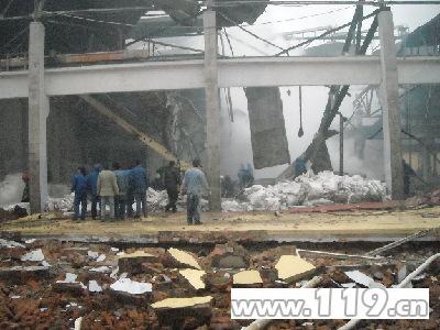 Фото с места происшествия. Взрыв на заводе в провинции Хэбэй. 24 февраля 2010 год. Фото с epochtimes.com