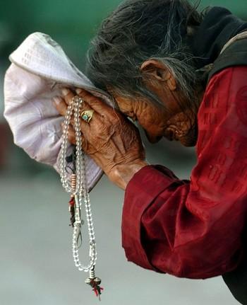 Жизнь тибетцев неразрывно связана с их верой в буддизм. Фото: Photo by China Photos/Getty Images