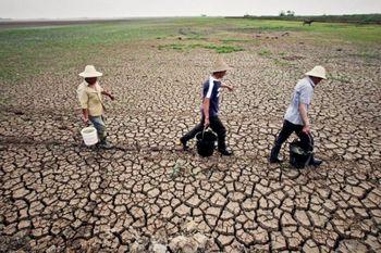 Ухань страдает от самой сильной засухи за последние 60 лет. (From a source inside China)