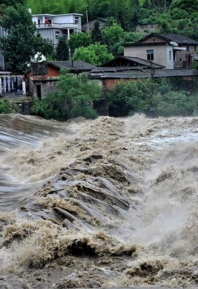 Стихийное бедствие постигло 13 провинций Китая. Фото: ChinaFotoPress/Getty Images