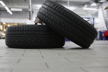 Шины китайского производства небезопасны. Фото: Getty Images