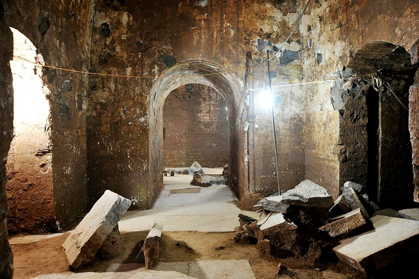 Обнаружена гробница китайского правителя Цао Цао близ города Аньян ...