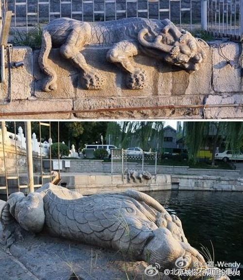Две статуи божественных существ под белым мраморным мостом в Пекине. Фото: Weibo