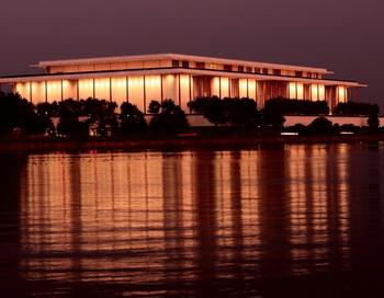 Китайский балет в Центре Кеннеди прославляет убийство невинных людей. Фото с сайта theepochtimes.com