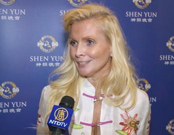 Донна МакМастер после дневного концерта Shen Yun Performing Arts в Линкольн-центре в Нью-Йорке, 20 апреля 2013 года. Фото: NTD Television