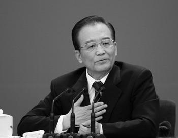 Китайский премьер-министр Вэнь Цзябао выступает во время пресс-конференции 14 марта в Пекине. Фото: Feng Li/Getty Images
