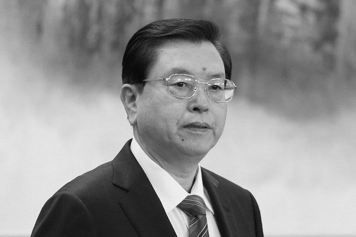 Чжан Дэцзян, новый член Постоянного комитета, в Большом народном зале, 15 ноября, Пекин. Фото: Feng Li/Getty Images