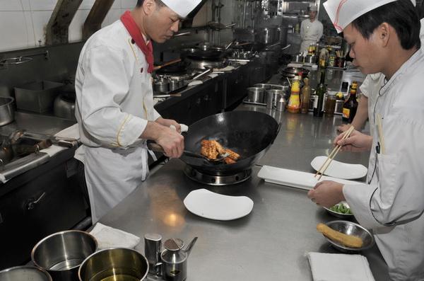 Китайские зарисовки.Еда - поголовное хобби всех китайцев. Фото: OLLI GEIBEL/AFP/Getty Images