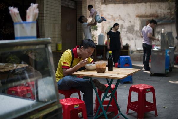 Китайские зарисовки.Еда - поголовное хобби всех китайцев.