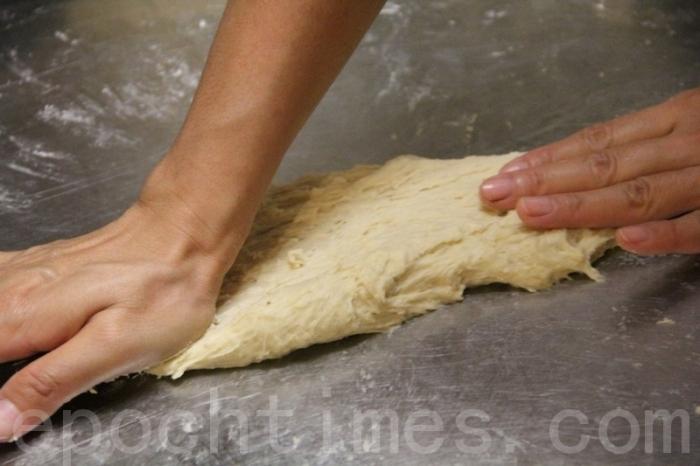Ароматные булочки боло – традиционная тайваньская выпечка. Фото: Великая Эпоха (The Epoch Times)
