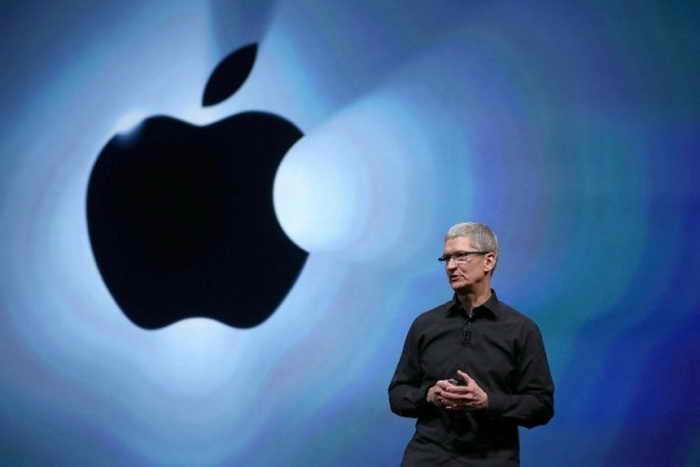 Генеральный директор Apple Тим Кук на мероприятии в Калифорнии 12 сентября 2012 года. Фото: Justin Sullivan/Getty Images