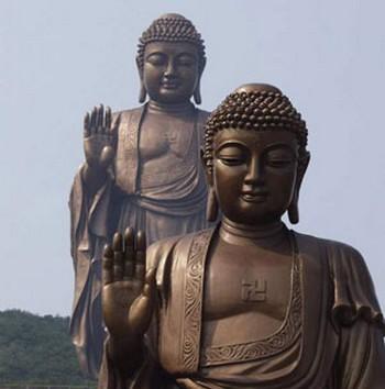 Официально в КНР разрешены пять религий - буддизм, конфуцианство, даосизм, христианство и ислам. Фото с panasia.ru