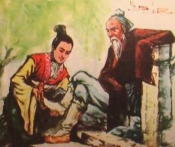Чжан Лян обувает старика. Фото с showchina.org