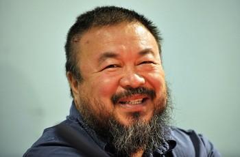 Китайский художник Ай Вэйвэй. Фото: JOERG KOCH /Getty Images