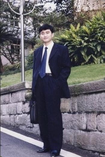 Жао Вэньвэй, бывший начальник безопасности уезда Ушань, города Чунцин, был приговорён к 12 годам после публикации 52 статей с критикой коммунистической партии Китая и Бо Силая. Фото с сайта theepochtimes.com