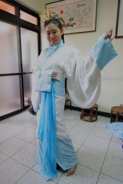 Ли Юйчи создала модель традиционного китайского костюма Ханьфу. Фото: Су Чжаожун/Великая Эпоха
