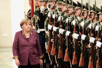 В Китай с официальным визитом 2 февраля прибыла Ангела Меркель. Фото: Lintao Zhang /AFP/Getty Images