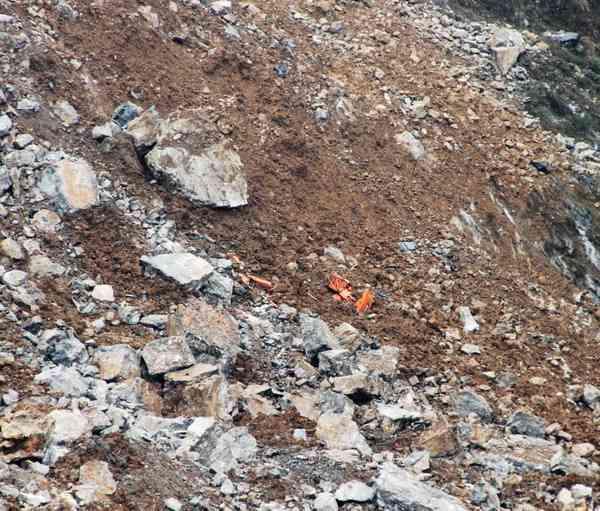 С холмов гор сошло около 2 млн. кубометров песка и камней на деревню Уцюань. Фото: China Foto Press / Getty Images