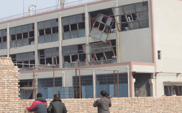Взрыв на заводе химикатов в китайской провинции Хэбэй. Фото: ChinaFotoPress / Getty Images