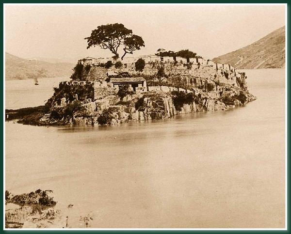 Укрепление в районе, где река Миньцзян впадает в море.Город Фучжоу. 1860 год. Фото: Теодор Джонс