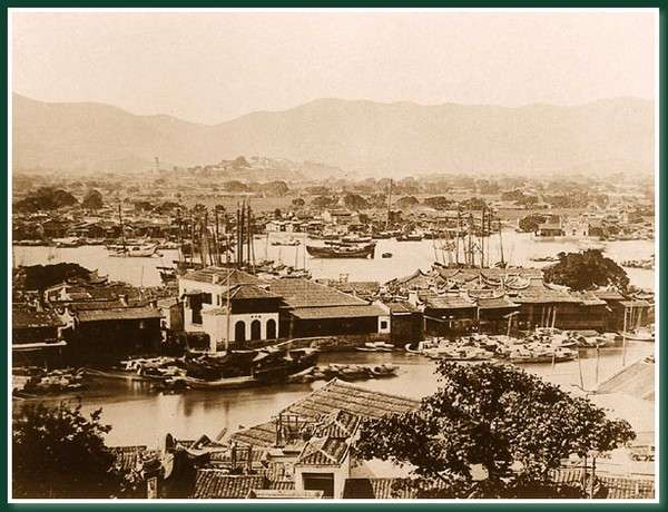 Остров Чжунчжоу на реке Миньцзян. Город Фучжоу. 1860 год. Фото: Теодор Джонс