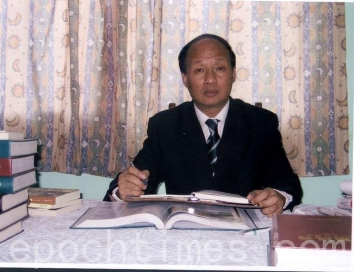 Адвокат-правозащитник Чжэн Энчун. Фото: The Epoch Times