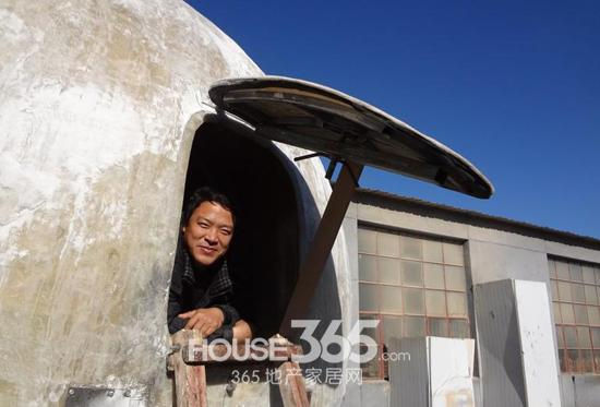 Лю Циюань в своём ковчеге. Фото с house365.com