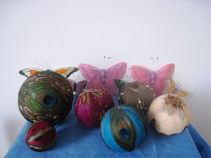 Мячики и бабочки, которые делают заключённые в провинции Цзилинь