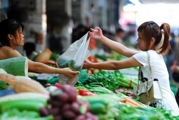 Плохое качество продуктов питания становится серьёзной угрозой здоровья китайского общества. Фото: ChinaFotoPress/2011 Getty Images