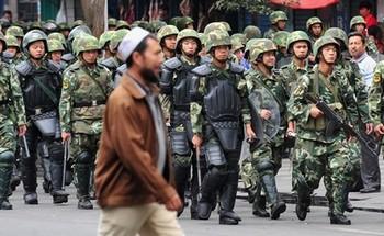 В Синьцзяне обстановка по-прежнему напряжённая. Фото: FREDERIC J. BROWN/AFP/Getty Images