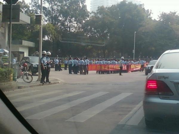 Протест отставных военных. Город Хэюань провинции Гуандун. Октябрь 2011 год. Фото с epochtimes.com