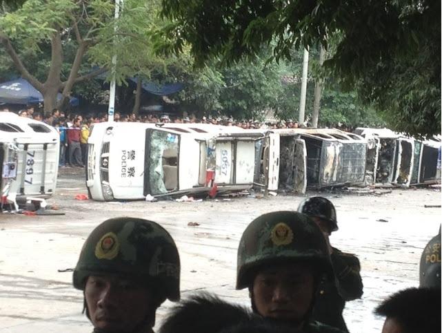 Протесты в городе Дасин. Декабрь 2012 года. Фото с epochtimes.com