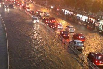 Наводнение в провинции Хунань. Город Чанша. Май 2013 год. Фото: Mo Ji